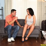 Linet Vlag in Mikes Apartment: Bottoms Massage 01