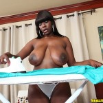 Chimille Morgan in Big Naturals: Lovely Bags 01