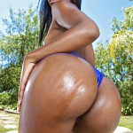 Sierra Banxxx in Round and Brown: Somethin About Sierra 02