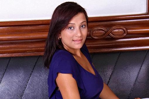 Suellen Machado in Mike In Brazil: Wine and Dine